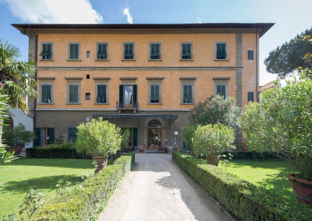 Casa santo nome di gesu florenz informationen und for Creatore di piani casa online