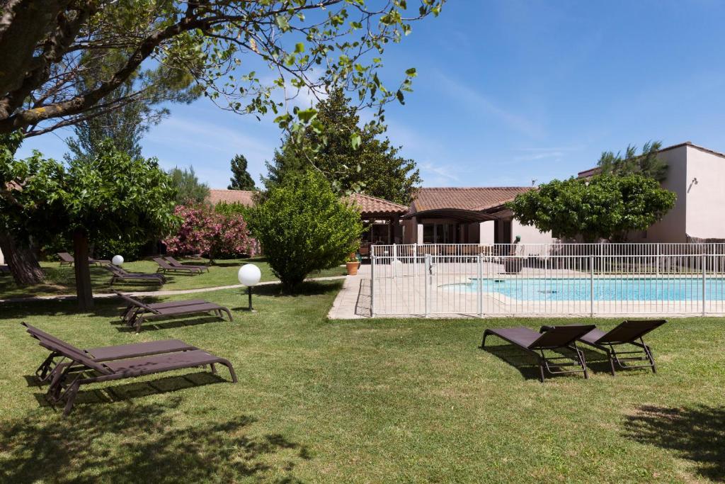 Best Western H 244 Tel Le Paradou Avignon Sud Noves