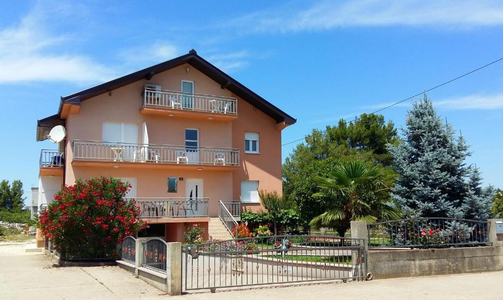 Casa gagro itluk online booking viamichelin for Booking casas