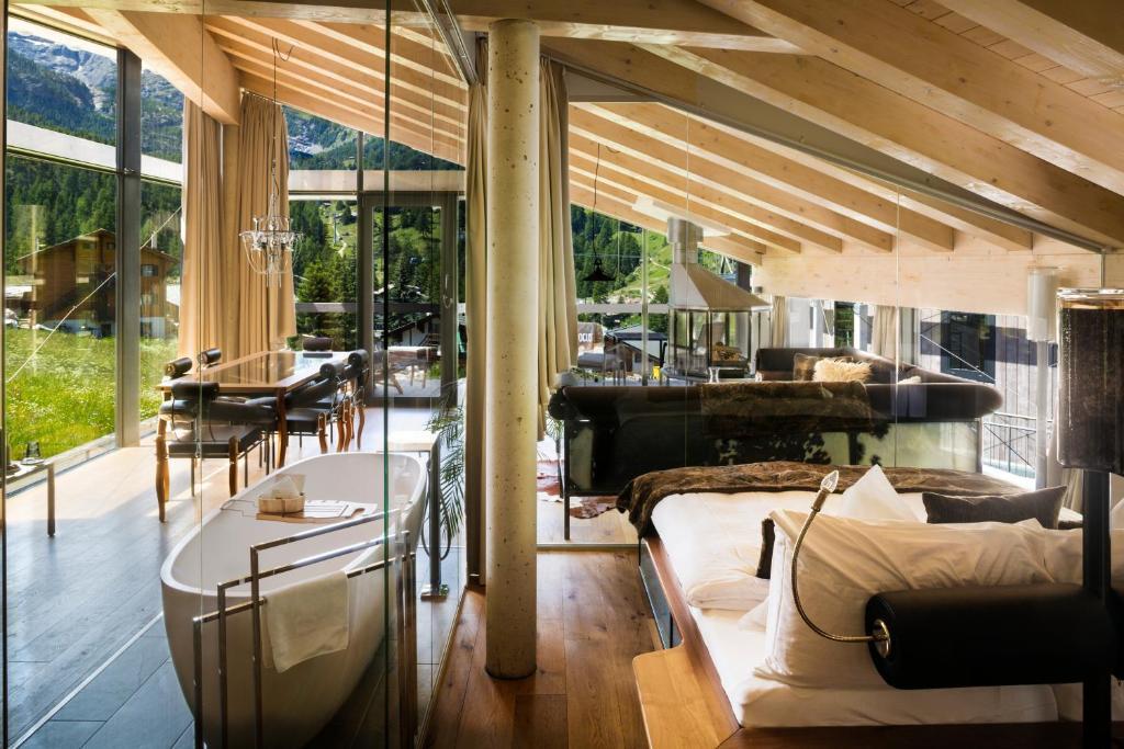 Hotel matterhorn focus superior zermatt viamichelin for Design hotel matterhorn focus