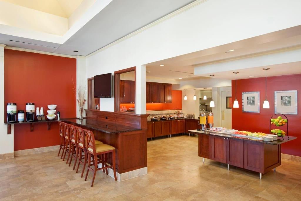 hilton garden inn oakbrook terrace wheaton book your