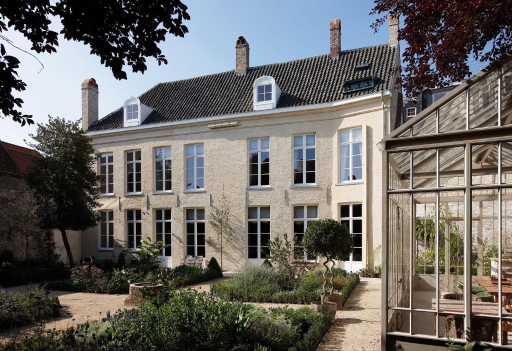 Chambres d 39 h tes b b de corenbloem luxury guesthouse for Chambre d hotes bruges