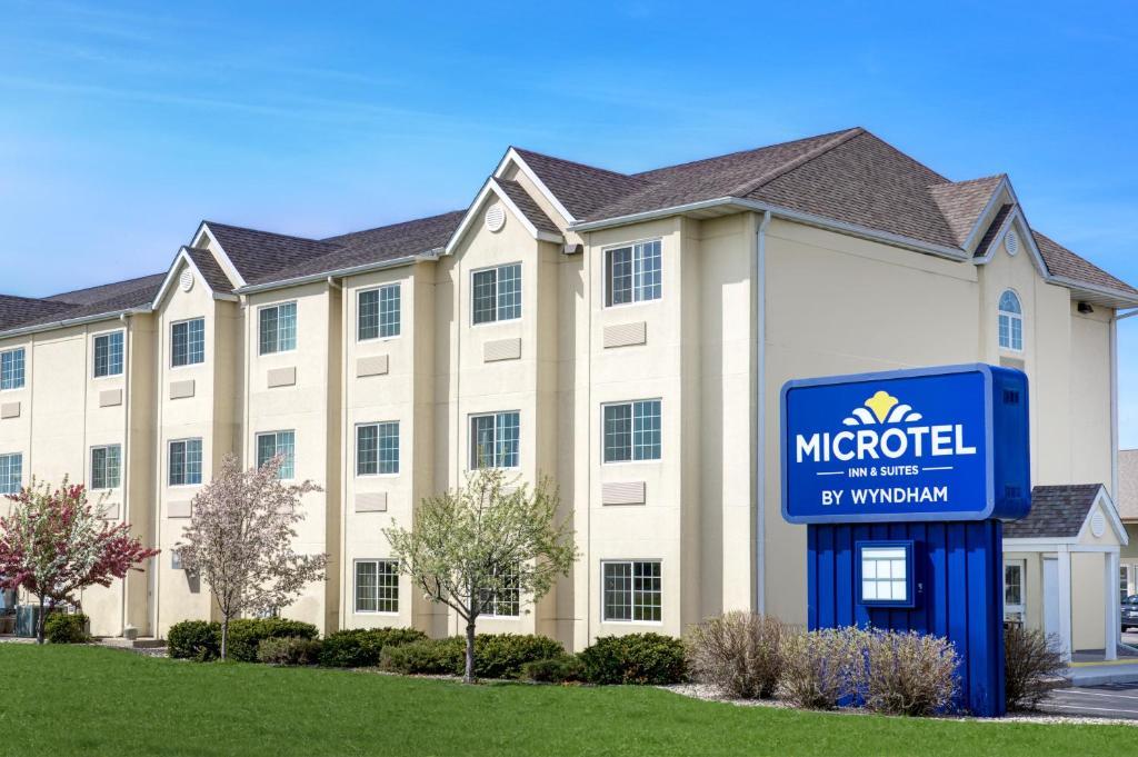 Microtel Inn & Suites by Wyndham Mankato