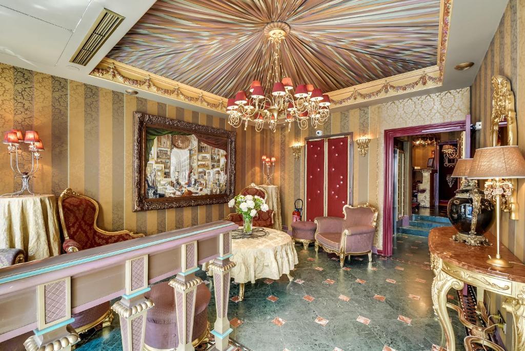 La Villa Royale Paris Booking