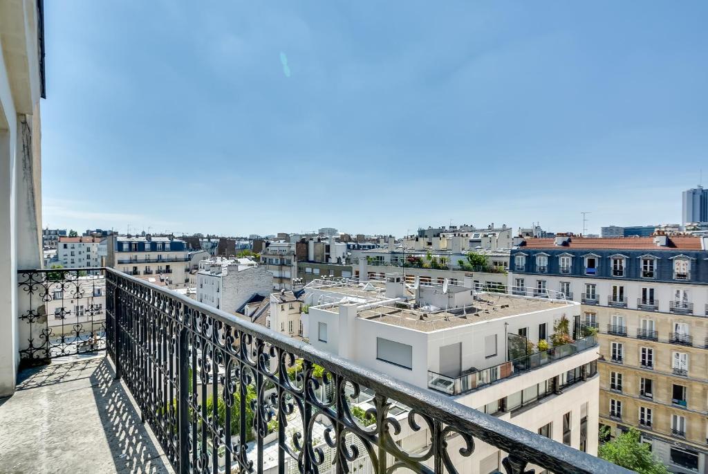 Hotel Place Denfert Rochereau Paris