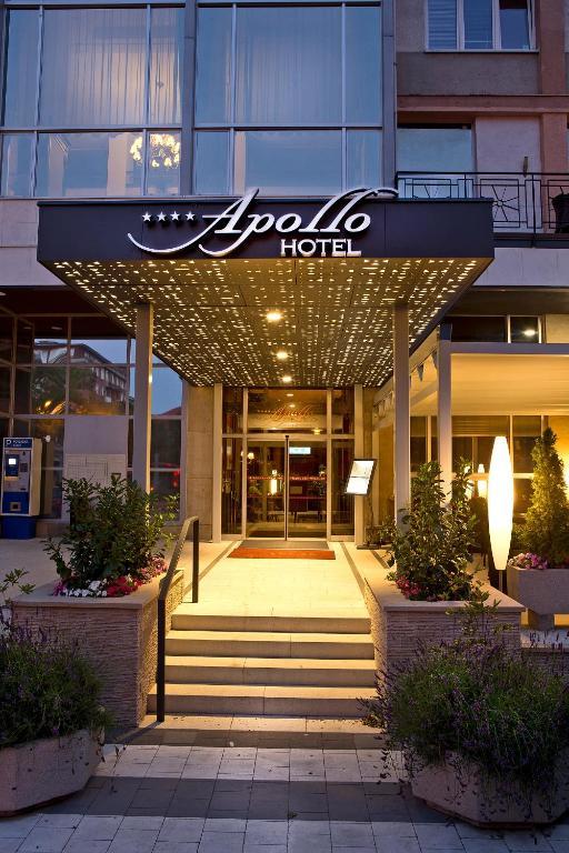apollo hotel bratislava bratislava book your hotel with viamichelin. Black Bedroom Furniture Sets. Home Design Ideas