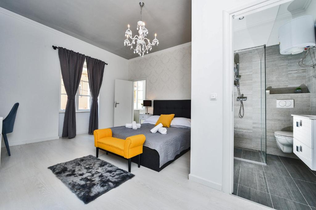 Guest house urban design zadar book your hotel with for Hotel design zadar