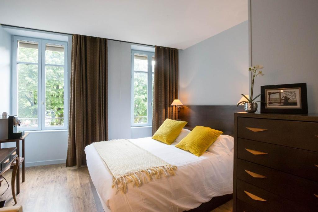 les chambres de l 39 ecrit 39 vin chambres d 39 h tes beaune en c te d 39 or 21. Black Bedroom Furniture Sets. Home Design Ideas