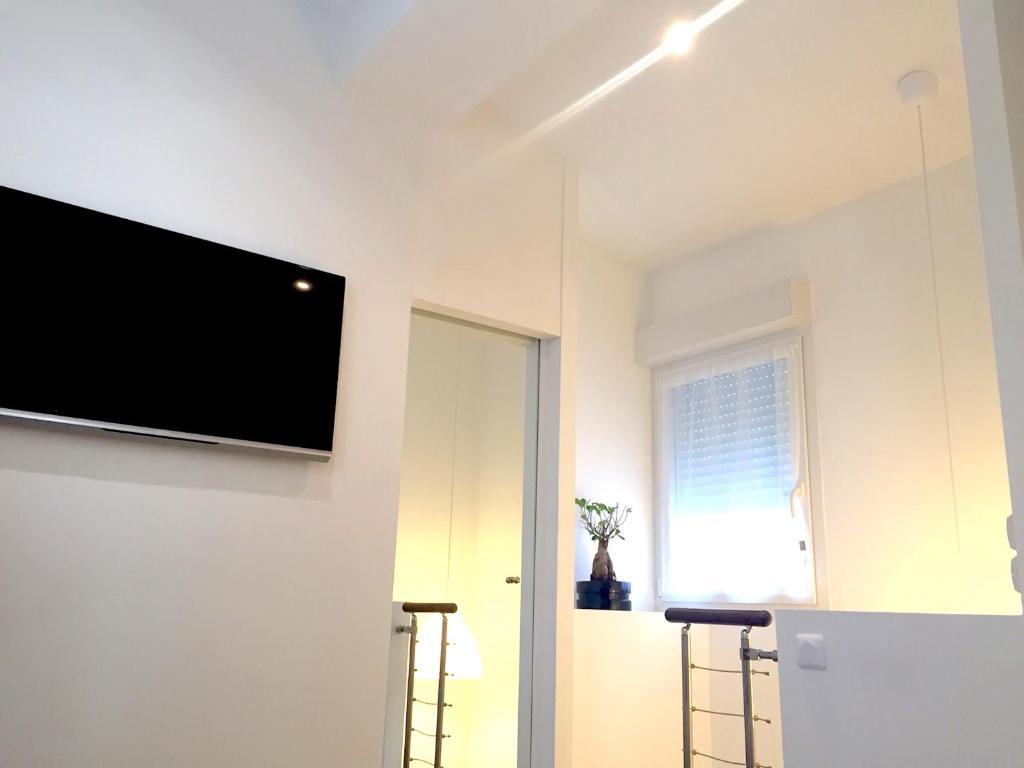 Appartement le paradis blanc appartement bordeaux en for Appartement cathedrale ybh bordeaux