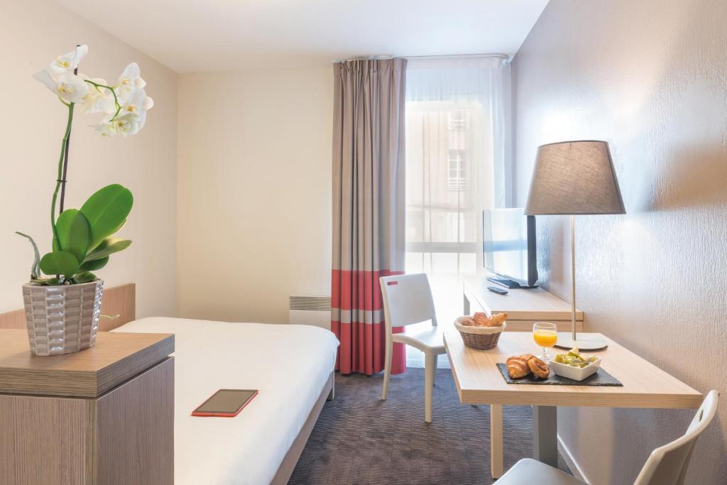 Appart 39 city nantes quais de loire r servation gratuite for Reservation appart hotel