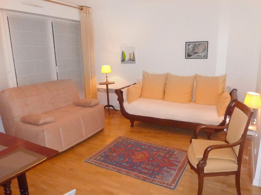 Apartment rue de paris boulogne billancourt france for Appart hotel boulogne billancourt