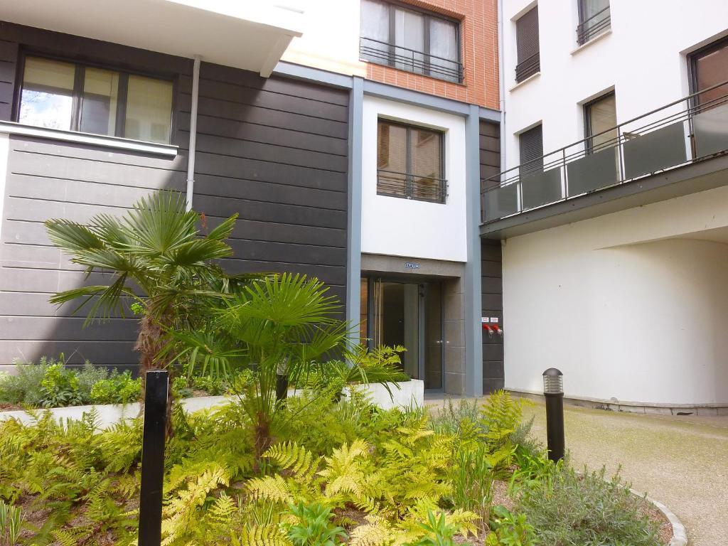 apartment rue de paris boulogne billancourt france. Black Bedroom Furniture Sets. Home Design Ideas