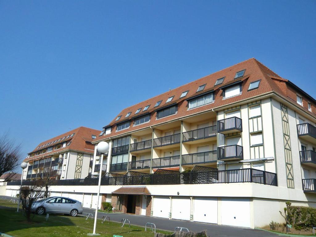 Appartement deauville plage 1 locations de vacances for Chambre d hote deauville