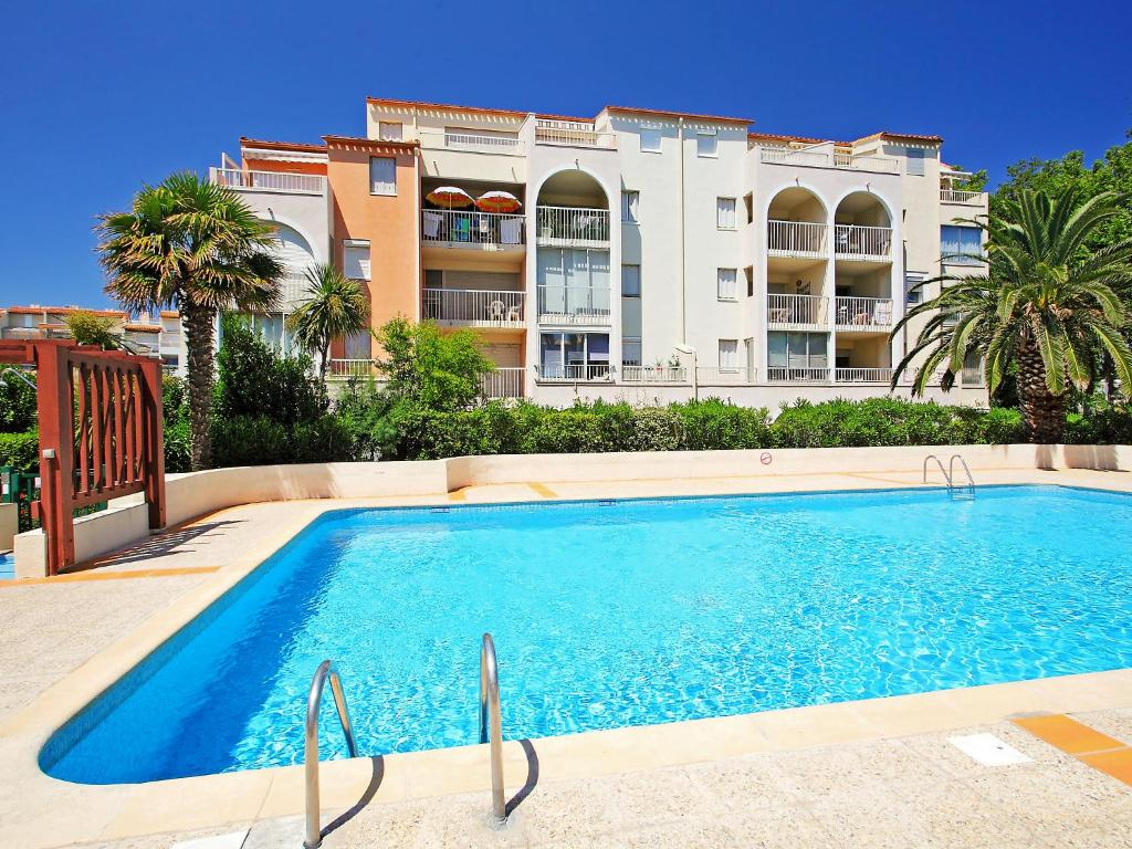 Appartement le lagon bleu 1 locations de vacances le cap for Chambre d hote cap d agde