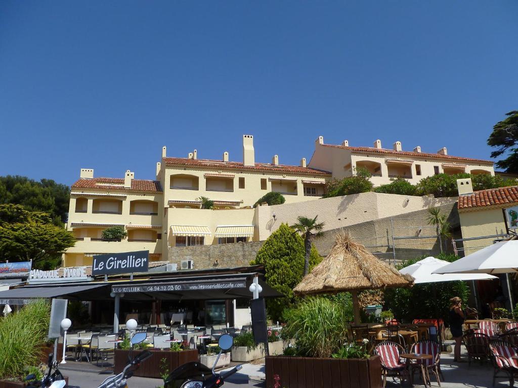 Appartement ch teau de la madrague 2 locations de - Port de la madrague saint cyr sur mer ...