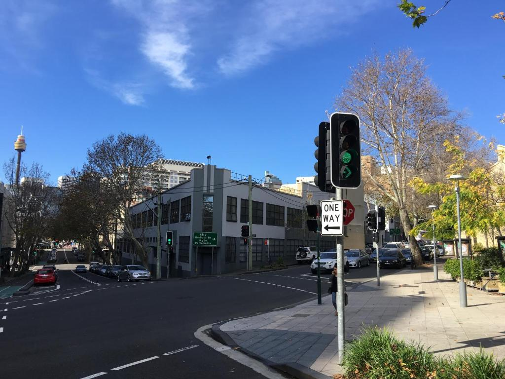 Pyrmont self contained modern two bedroom appartement d307 for Appartement moderne