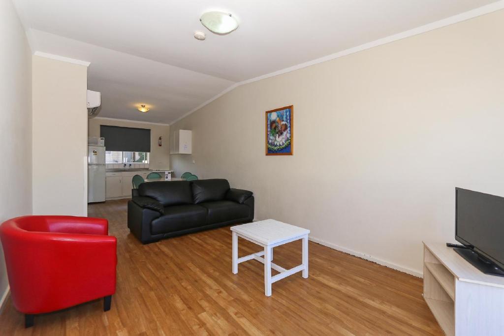 Scarborough apartments perth reserva tu hotel con for Habitaciones familiares italia