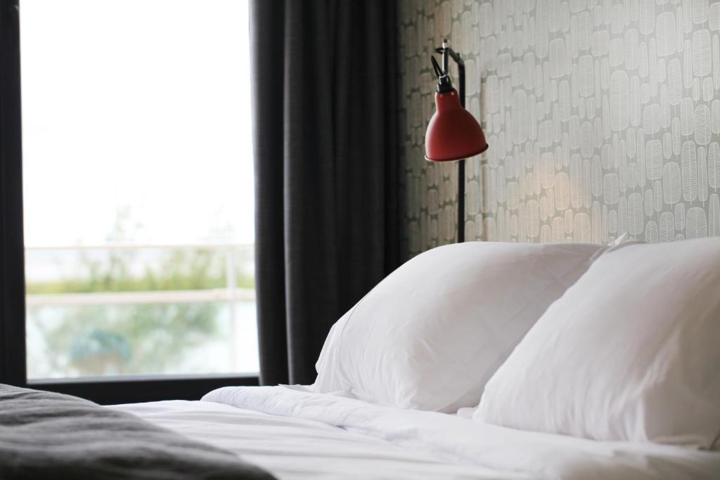 dormir sur la plage r servation gratuite sur viamichelin. Black Bedroom Furniture Sets. Home Design Ideas