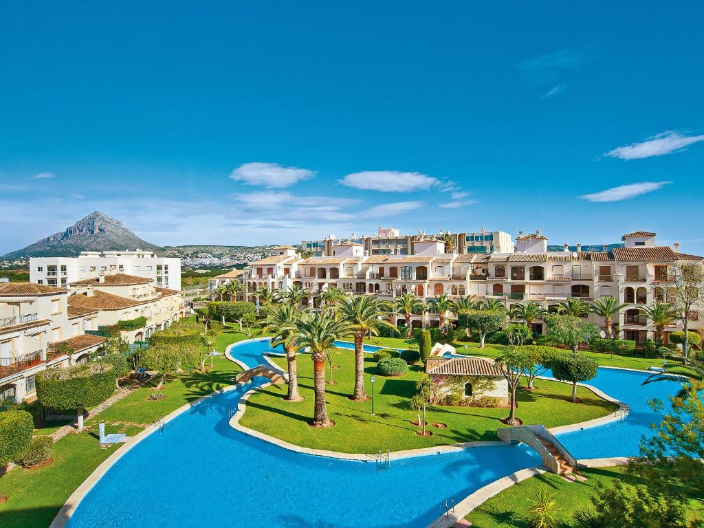 Apartment La Isla Javea en Gb on 2 bedroom bath apartments