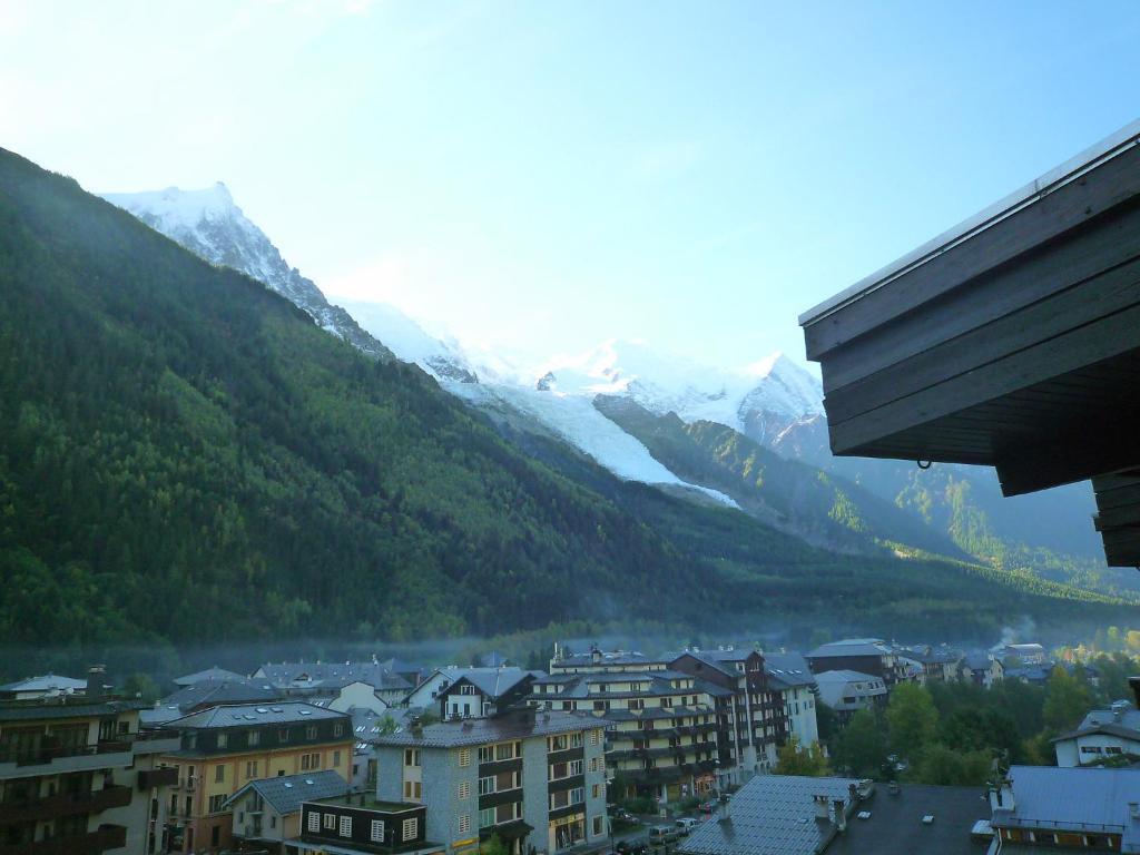 Apartment l 39 aiguille du midi 6 chamonix mont blanc - Chamonix mont blanc office du tourisme ...