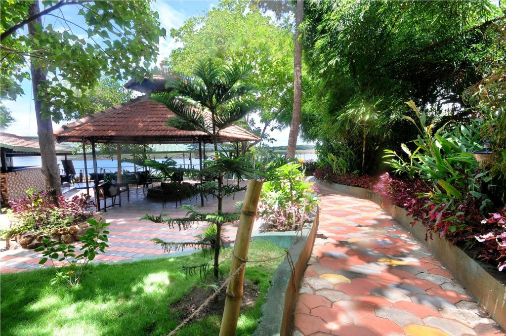 Coorg Jungle Camp Resort Mercara Book Your Hotel With Viamichelin