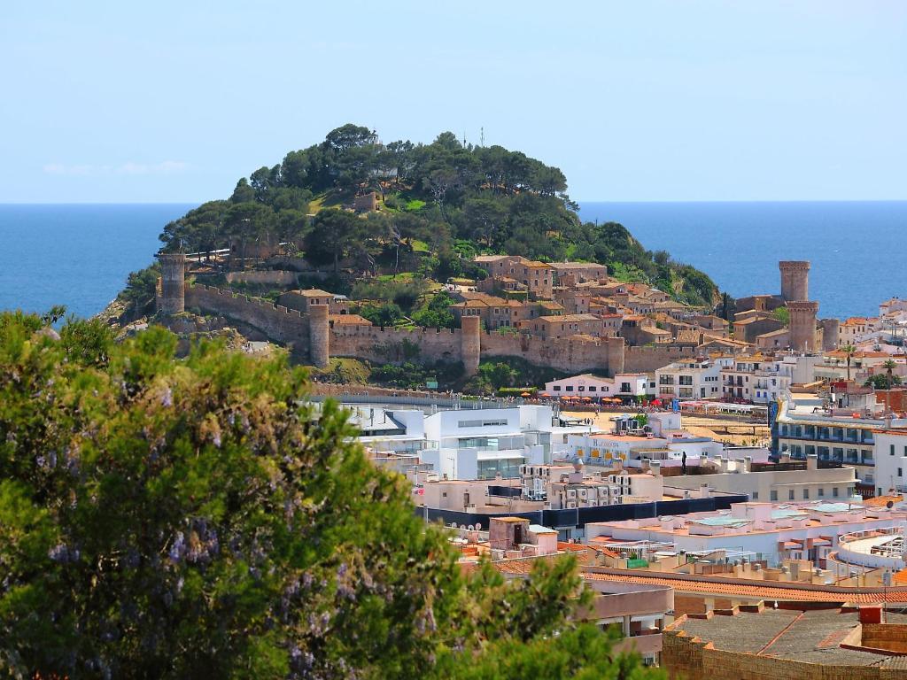 Vacation home casa closas tossa de mar including reviews - Casas en tossa de mar ...