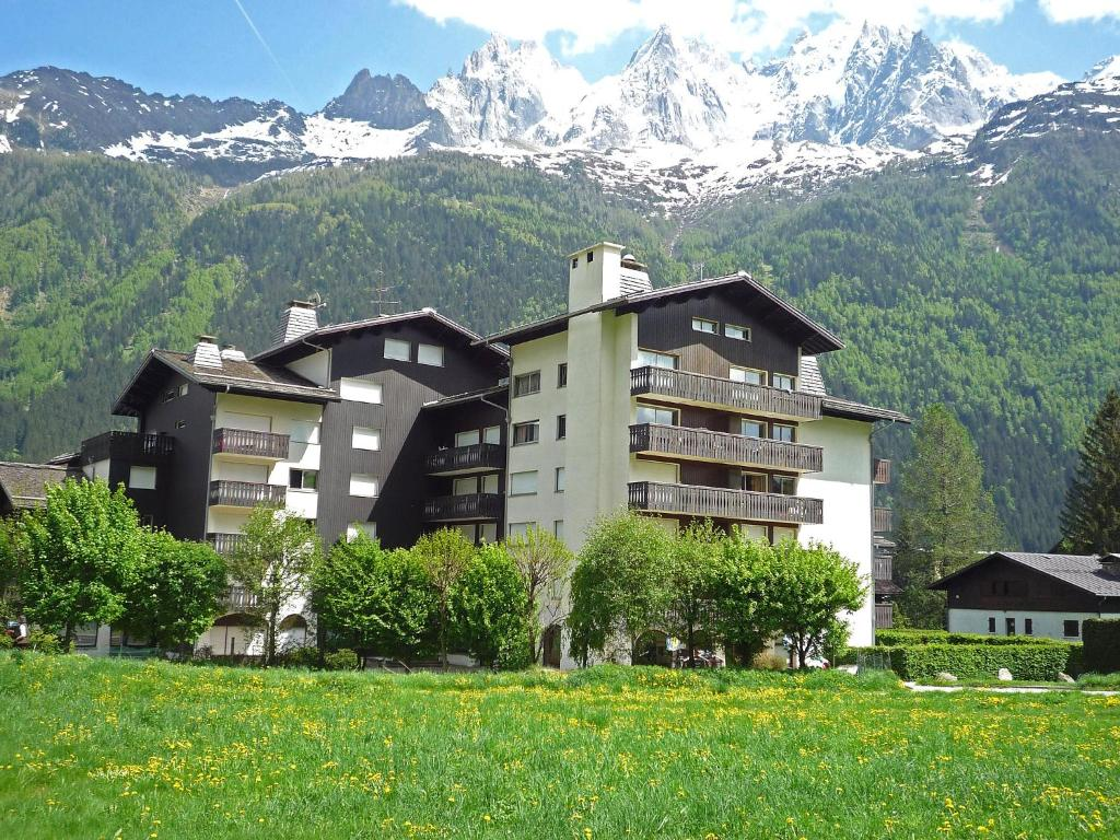 Apartment clos du holiday houses chamonix mont blanc - Chamonix mont blanc office du tourisme ...