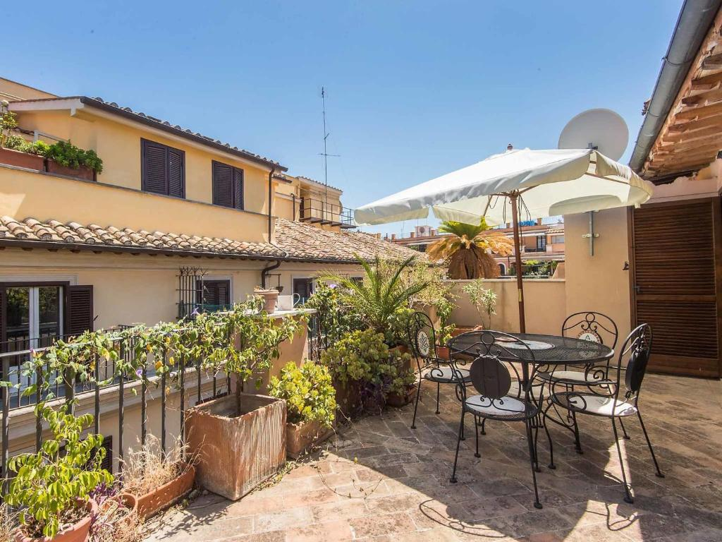 Apartment rome 3 italy for Hotel roma booking