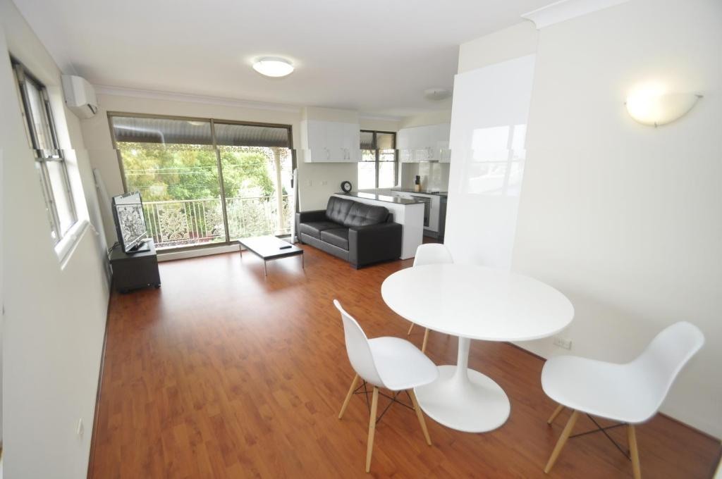 Balmain self contained modern one bedroom appartement 4mont appartement sydney australie - Modern appartement modern appartement ...