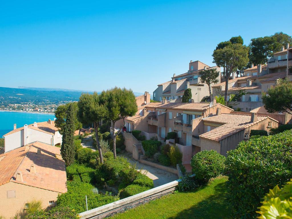 Appartement mas de la madrague 6 locations de vacances - Port de la madrague saint cyr sur mer ...