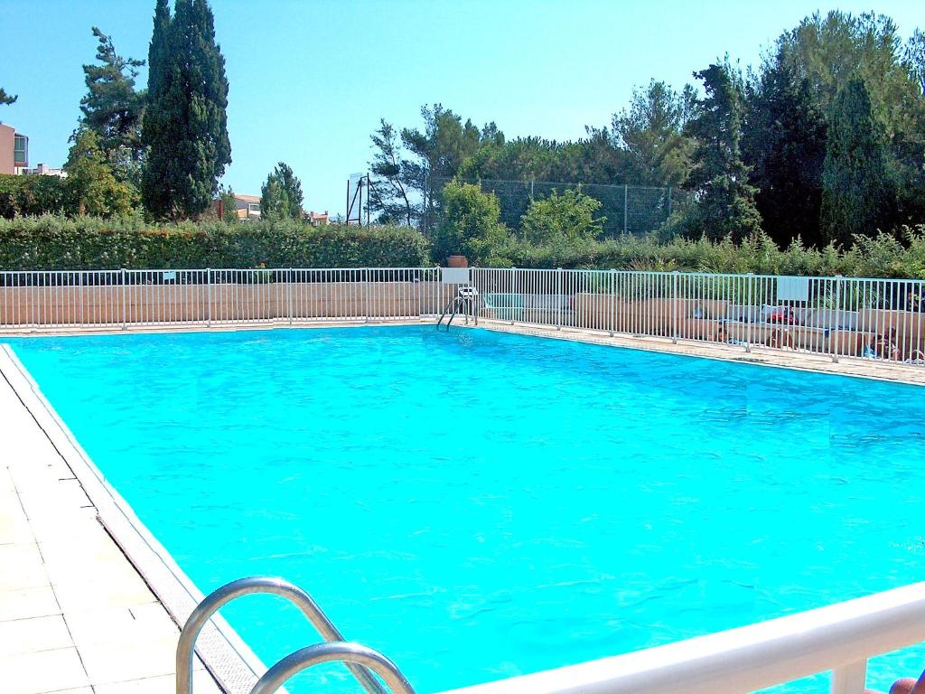 Appartement mare nostrum locations de vacances le cap d 39 agde for Chambre d hote cap d agde