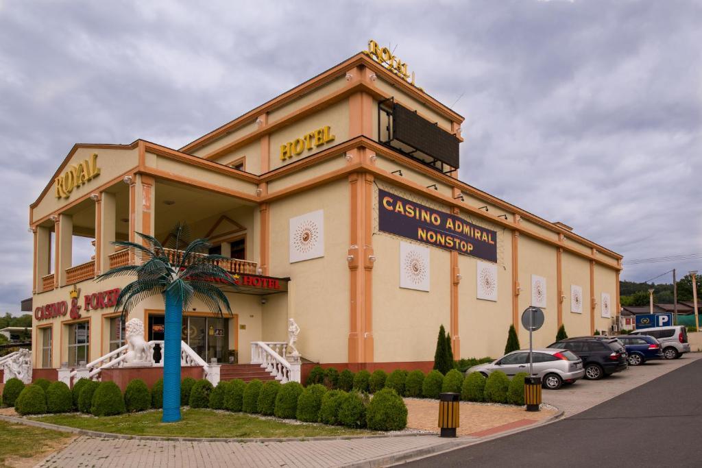 Casino admiral cz furth im wald online poker cash game strategy
