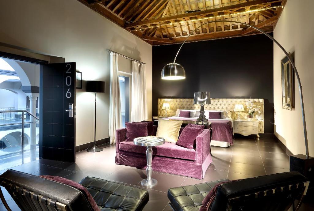 Eurostars sevilla boutique seville book your hotel for Hotel eurostar sevilla