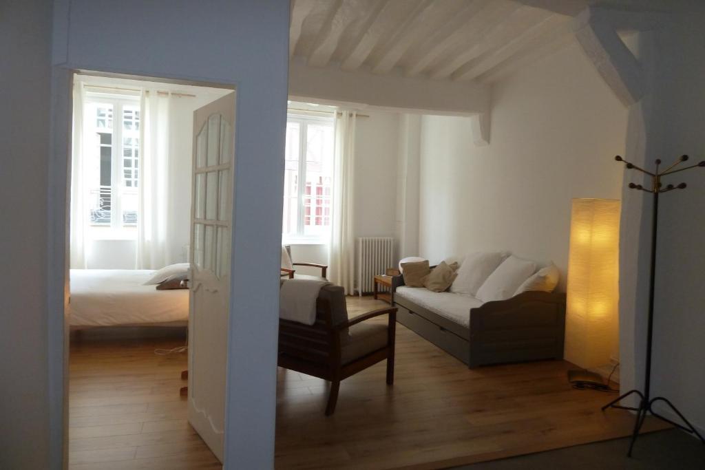 Une chambre dans l 39 atelier de r r servation gratuite sur for Reserver un chambre