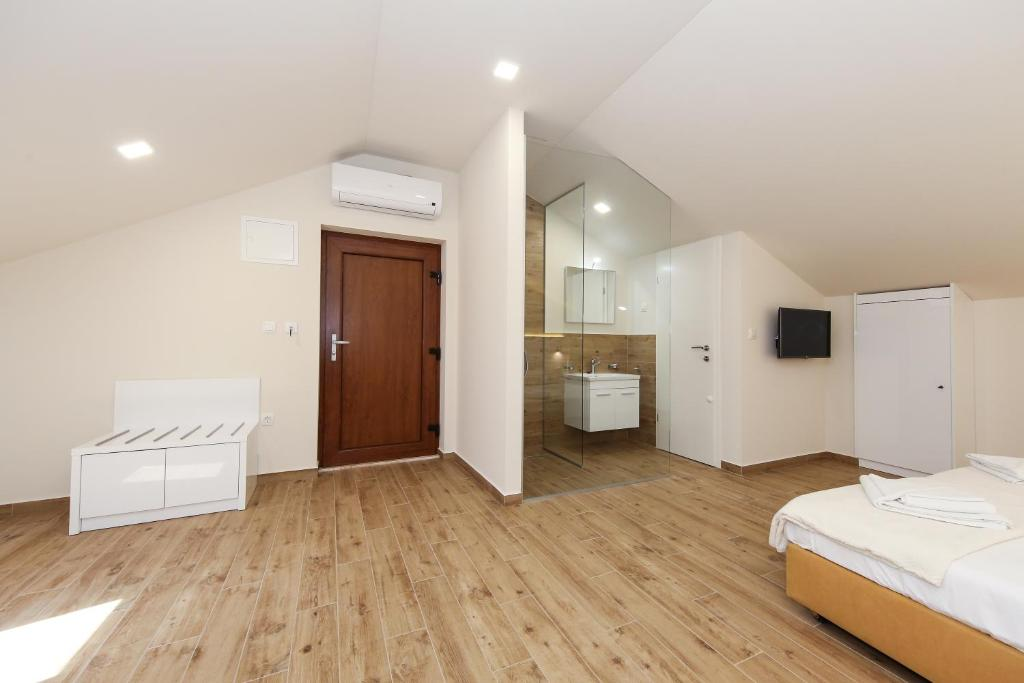 Chambres d 39 h tes idassa atrium chambres d 39 h tes zadar for Chambre hote zadar