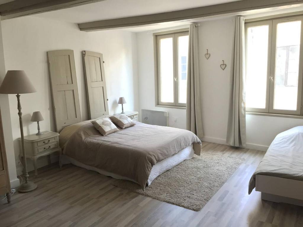 appartement le cocooning d honfleur honfleur france. Black Bedroom Furniture Sets. Home Design Ideas