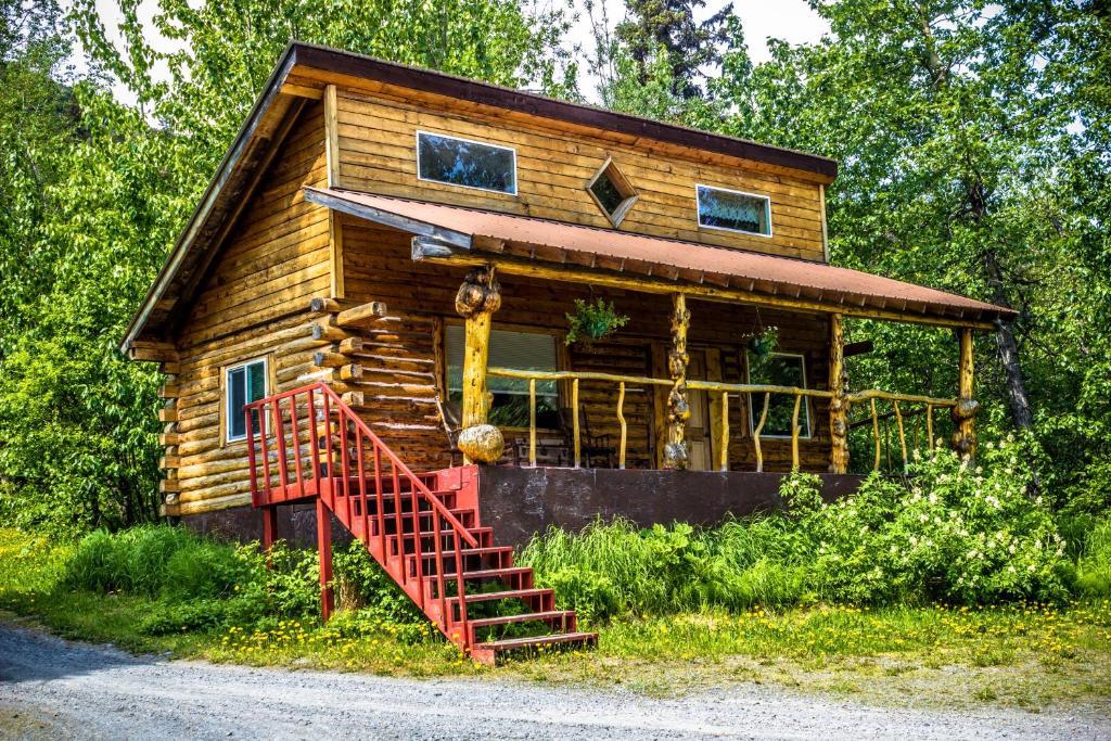 Midnight Sun Log Cabins