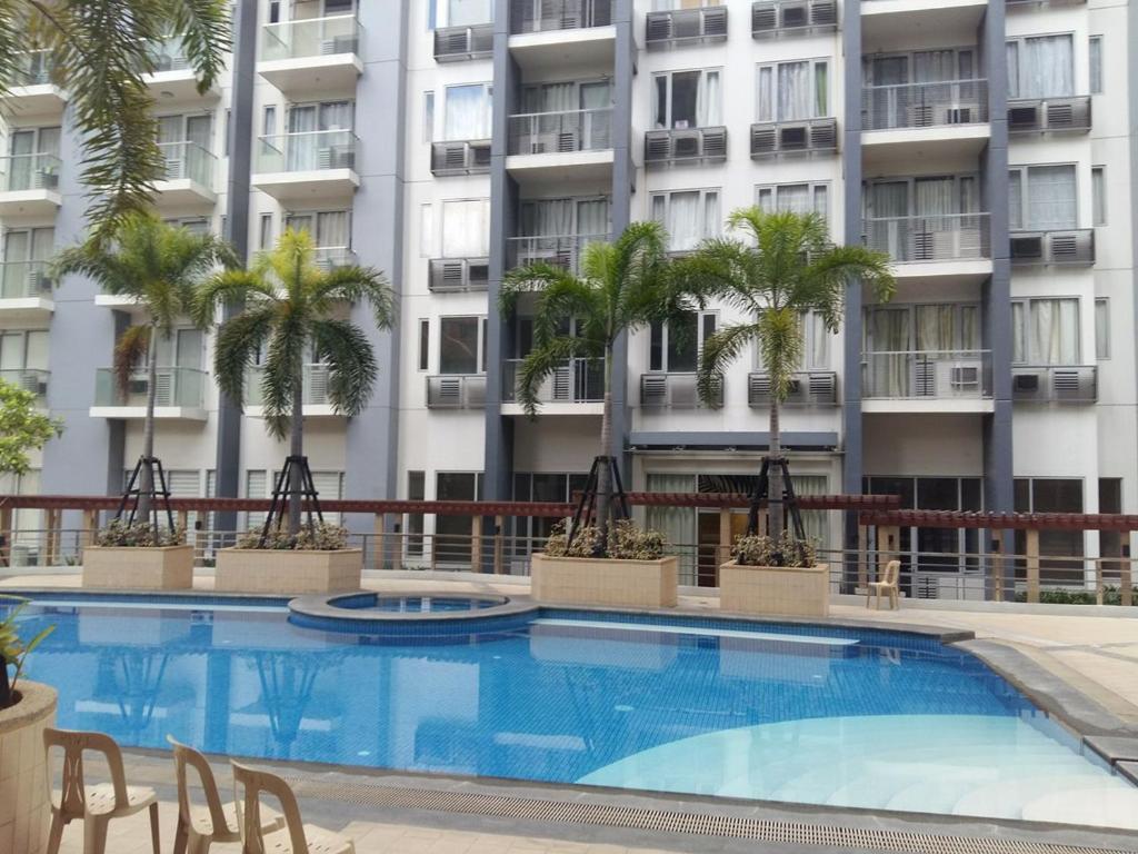 Condo palm tree manila book your hotel with viamichelin for Palm tree villas 1