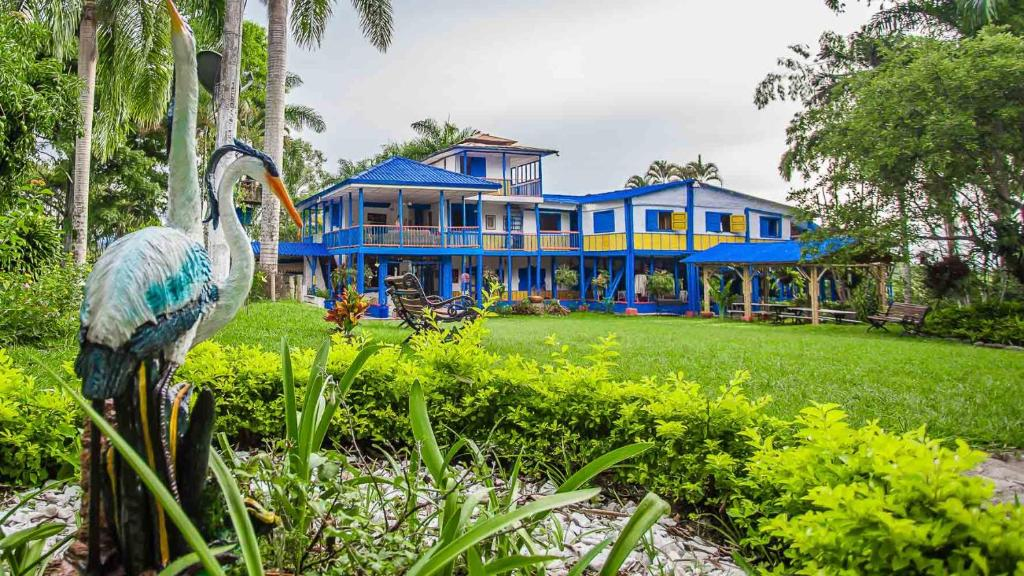 Hostal Eco Yoga Aldea Mahavan Reservar ahora. Galería de imágenes de este  alojamiento ... 82080a9c1660