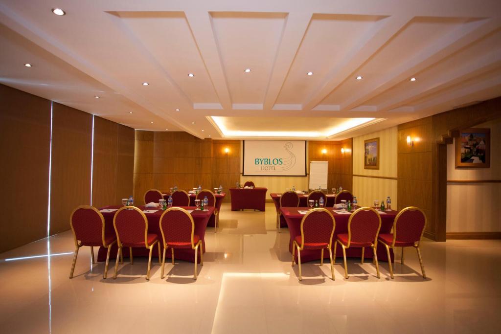 Byblos Hotel Tecom Restaurants