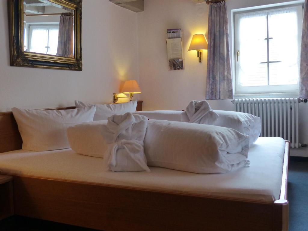 Baños Turcos Kingdom:Hotel Herrmann – Münsingen- reserva tu hotel con ViaMichelin