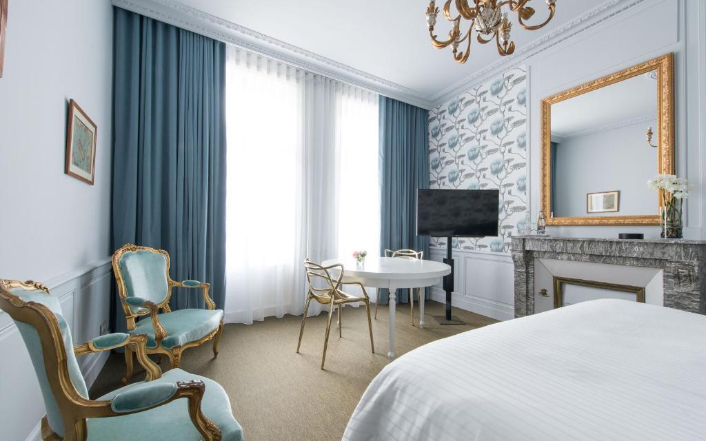 hotel la monnaie la rochelle. Black Bedroom Furniture Sets. Home Design Ideas