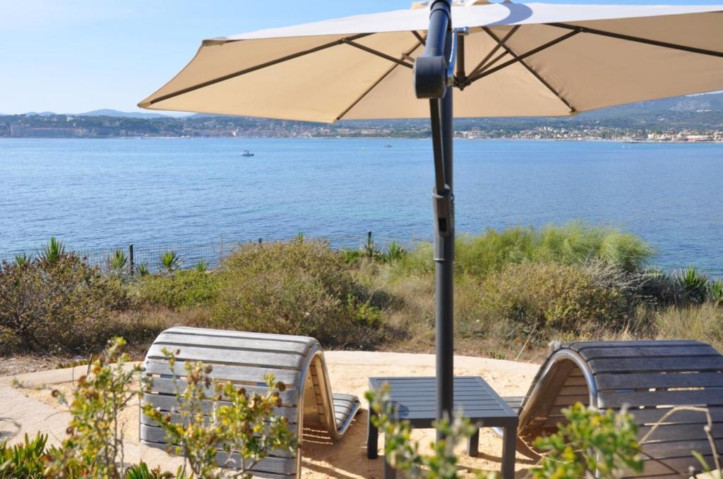 Villa hippocampe sanary sur mer online booking - Office du tourisme sanary sur mer ...