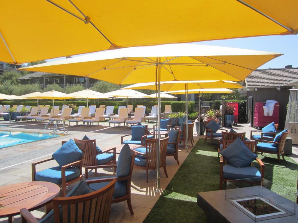 Rosewood sand hill palo alto online booking viamichelin for 1258 salon menlo park
