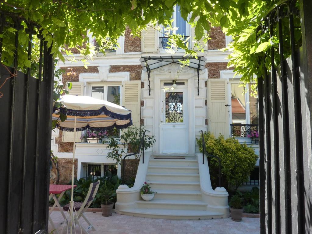 Maison romantique r servation gratuite sur viamichelin for Jardin romantique francais