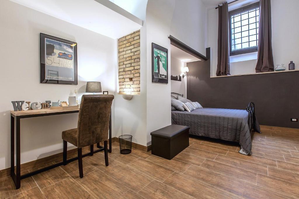 chambres d 39 h tes del falco boutique rooms san pietro chambres d 39 h tes rome. Black Bedroom Furniture Sets. Home Design Ideas