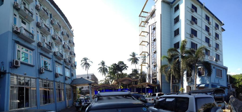 Hotel near Yangon Airport | Map & Directions to Sedona