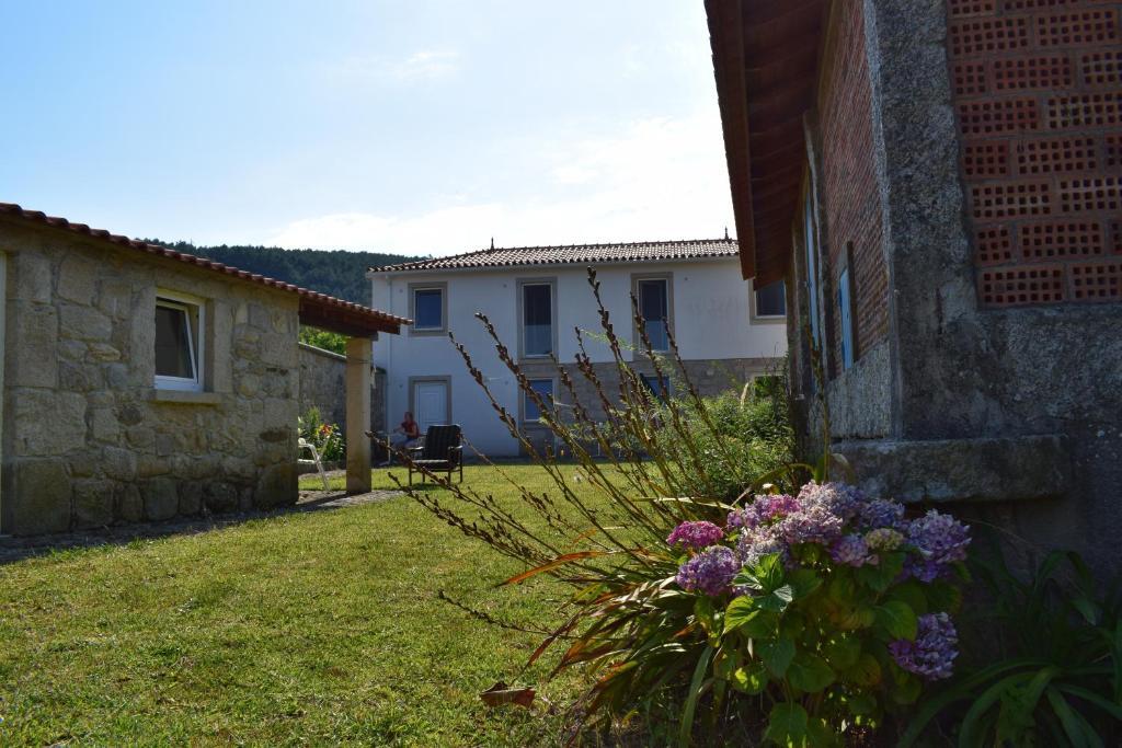 Casa de temporada Casa Zinda (Portugal Candemil) - Booking.com