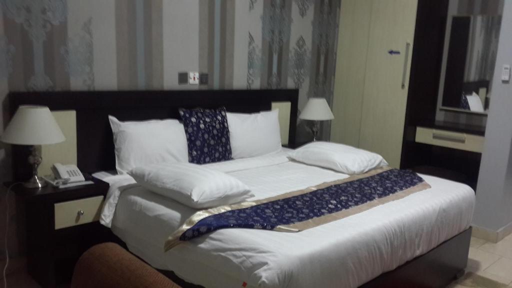 Psalms Hotel