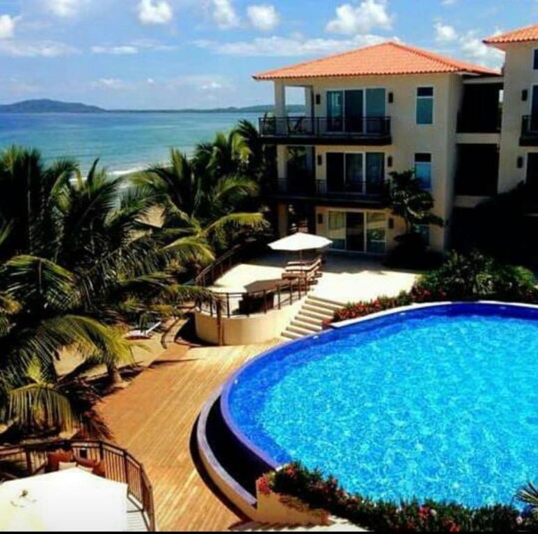 aparthotel playa escondida beach club honduras tela On hotel tela beach club honduras